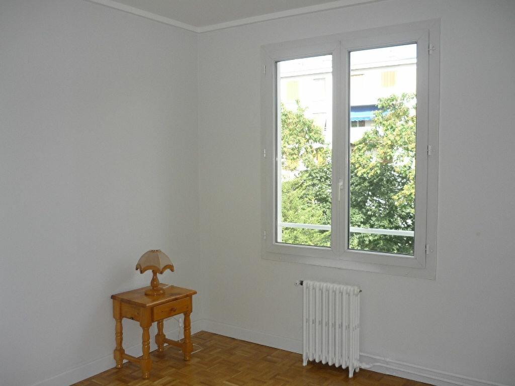 Appartement à louer 2 52.56m2 à Chevilly-Larue vignette-5