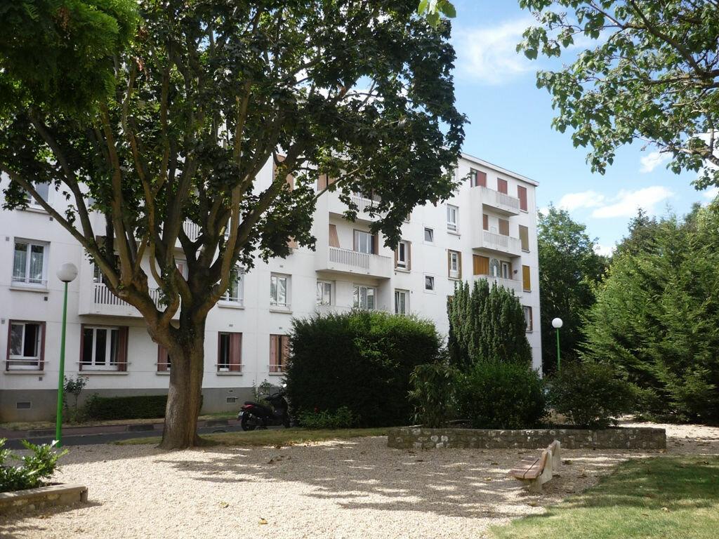 Appartement à louer 2 52.56m2 à Chevilly-Larue vignette-7
