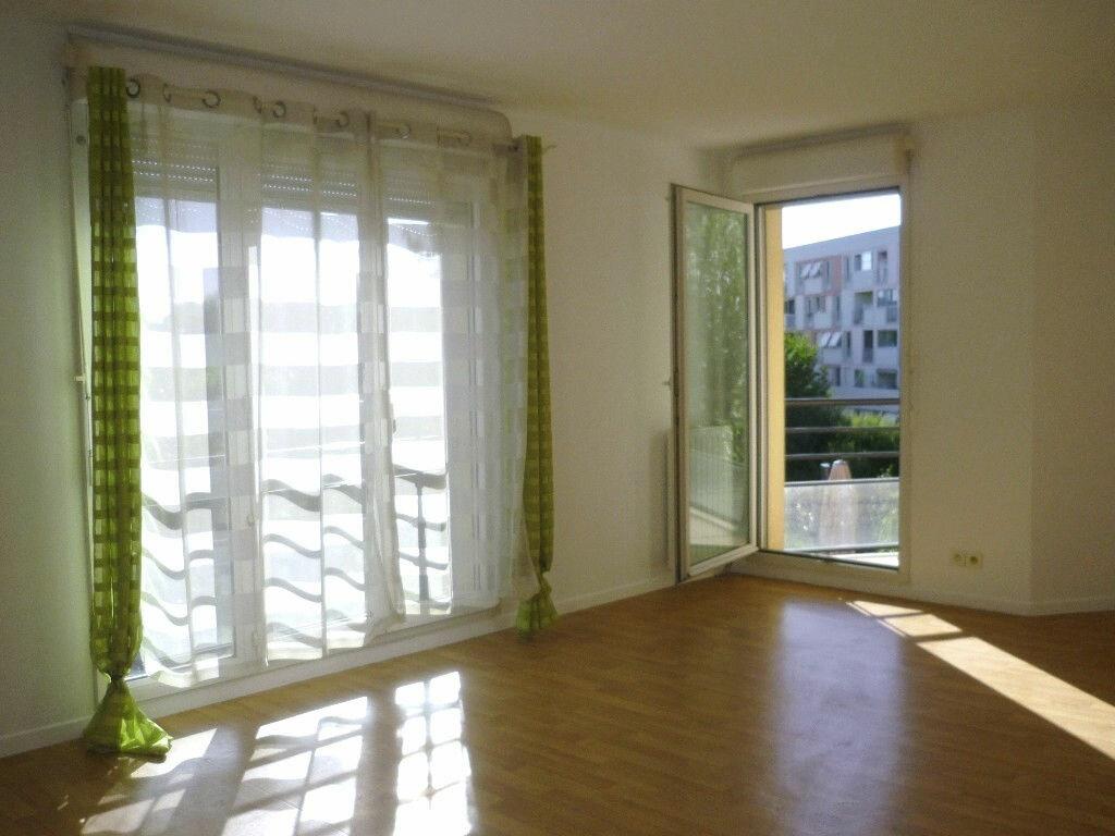 Appartement à louer 4 78.98m2 à Chevilly-Larue vignette-1