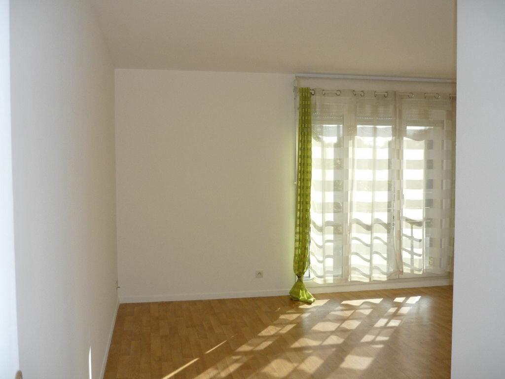 Appartement à louer 4 78.98m2 à Chevilly-Larue vignette-6