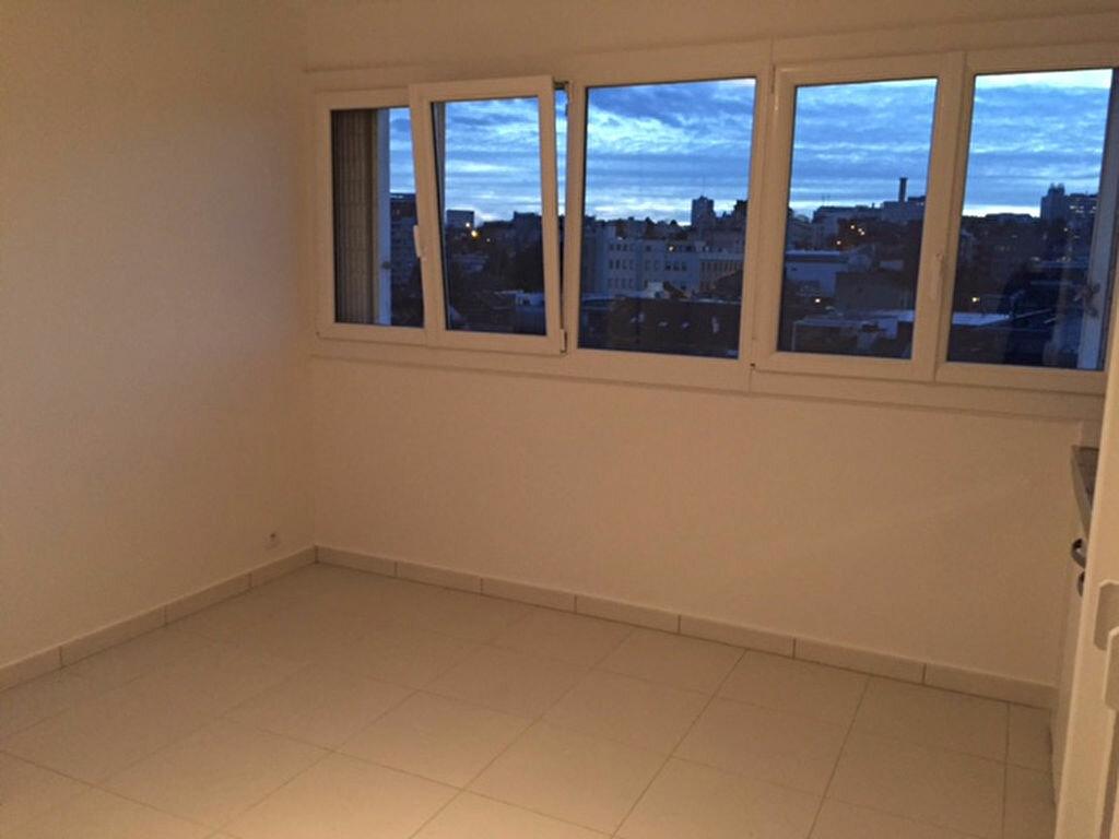 Appartement à louer 1 21.41m2 à Fontenay-aux-Roses vignette-1