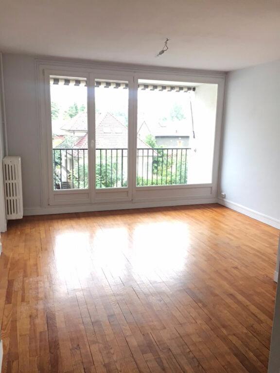 Appartement à louer 3 54.09m2 à Bourg-la-Reine vignette-1