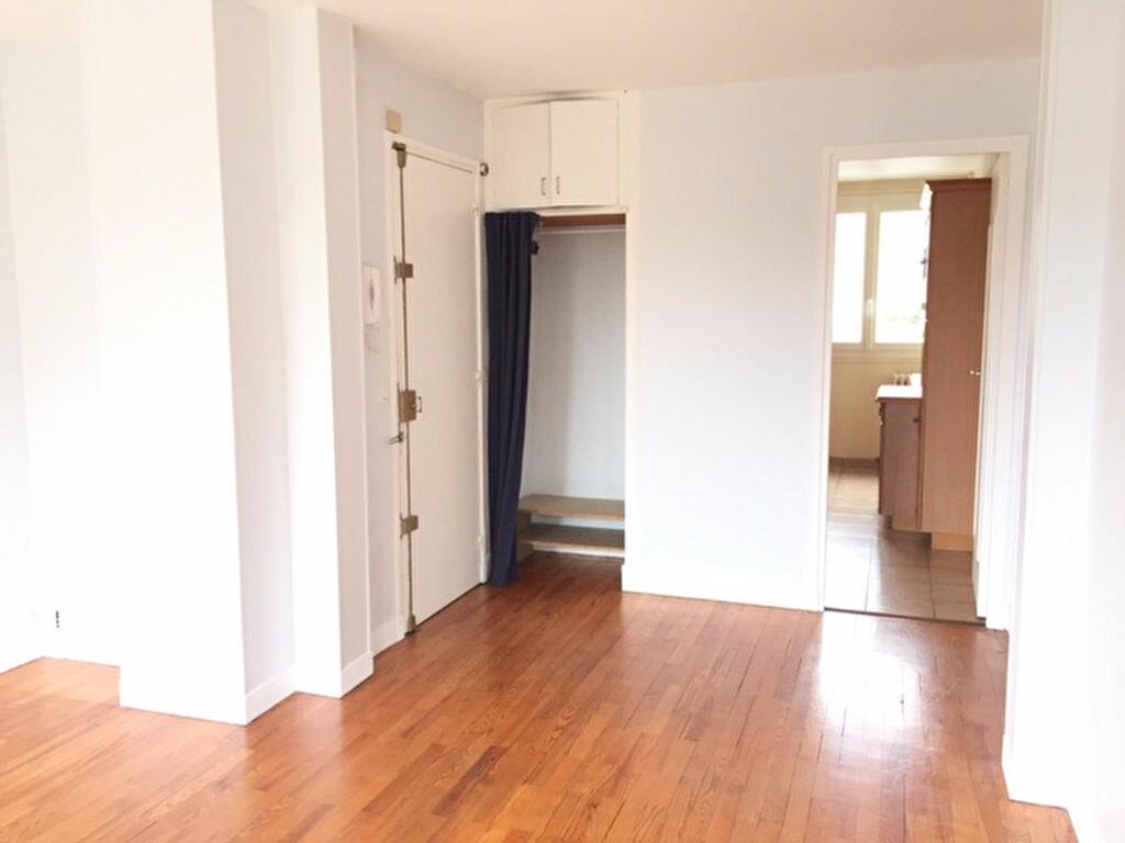 Appartement à louer 3 54.09m2 à Bourg-la-Reine vignette-2