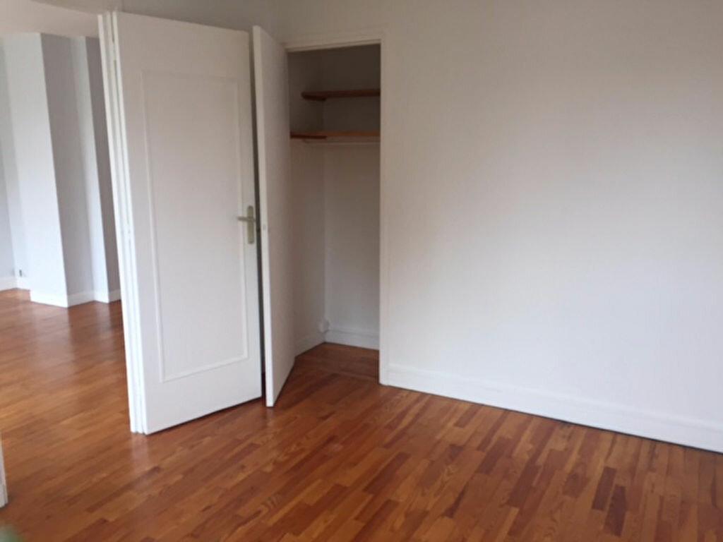 Appartement à louer 3 54.09m2 à Bourg-la-Reine vignette-4