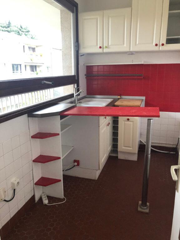 Appartement à louer 1 25.19m2 à Bourg-la-Reine vignette-2