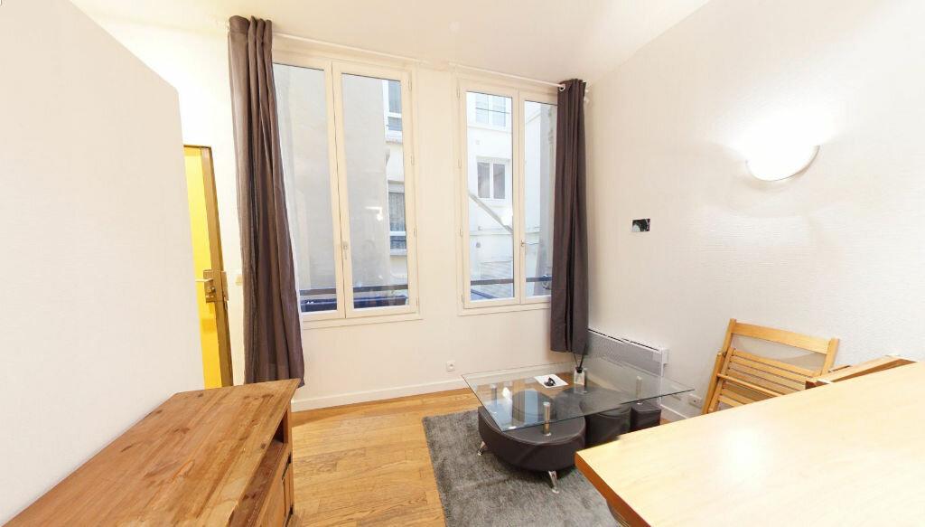 Appartement à louer 1 27.76m2 à Paris 1 vignette-1