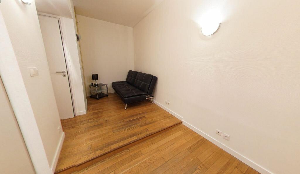 Appartement à louer 1 27.76m2 à Paris 1 vignette-2