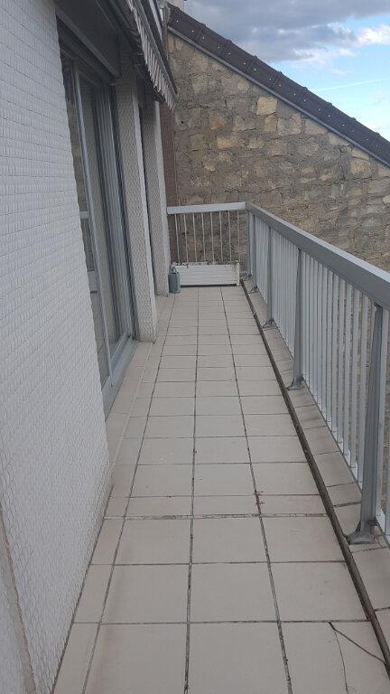 Appartement à louer 4 84.18m2 à Cachan vignette-13