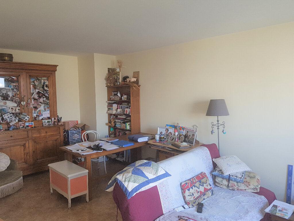 Appartement à vendre 2 51m2 à Chevilly-Larue vignette-1