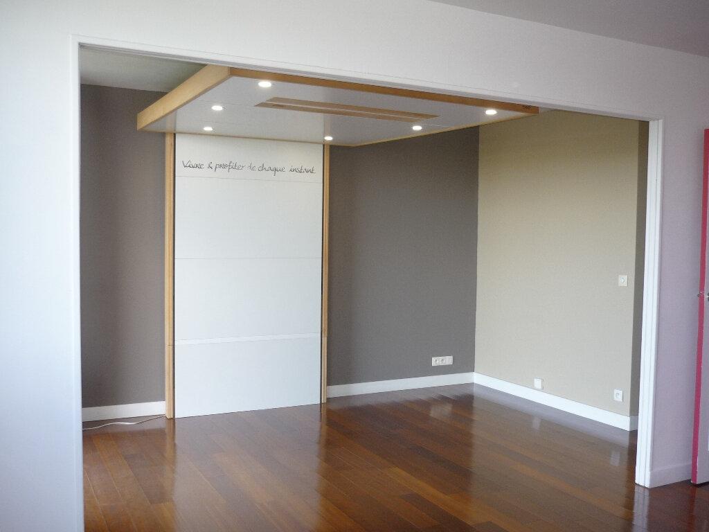 Appartement à louer 4 67.48m2 à Thiais vignette-4