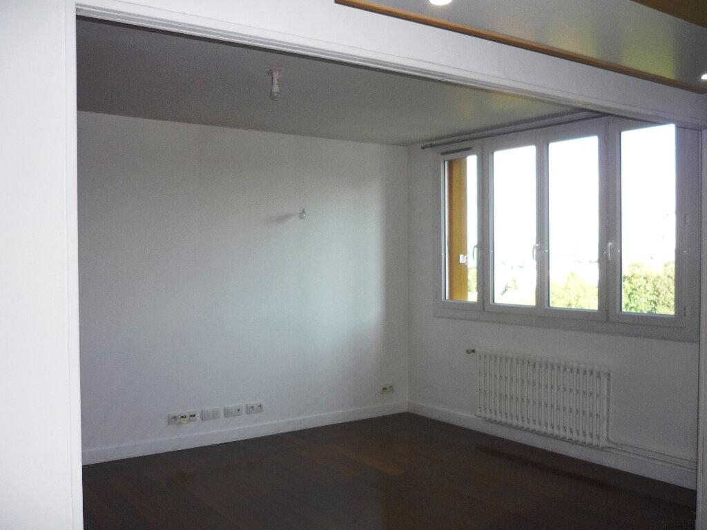 Appartement à louer 4 67.48m2 à Thiais vignette-5