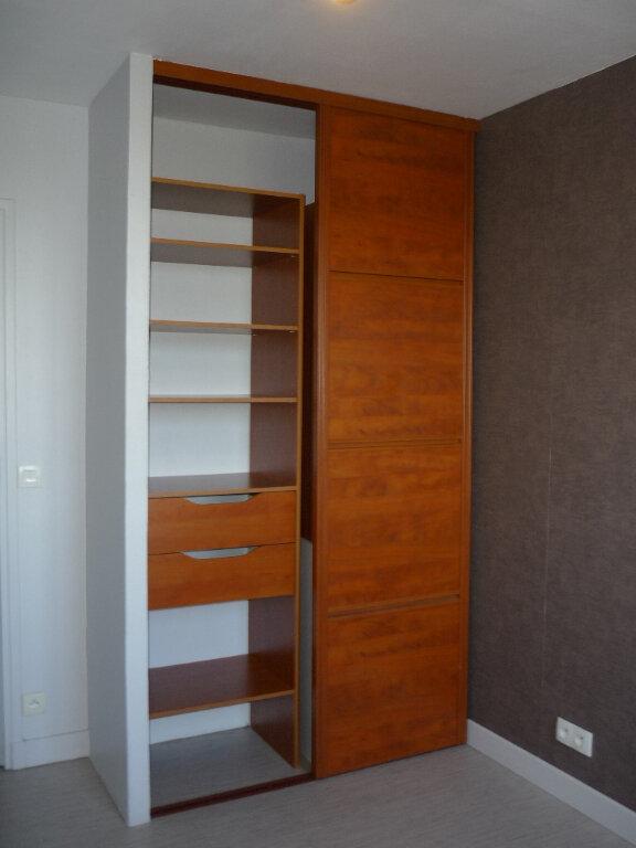 Appartement à louer 4 67.48m2 à Thiais vignette-9
