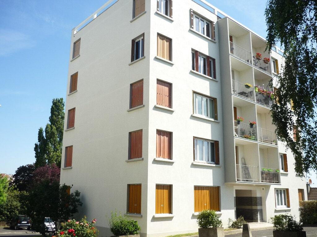 Appartement à louer 4 67.48m2 à Thiais vignette-10