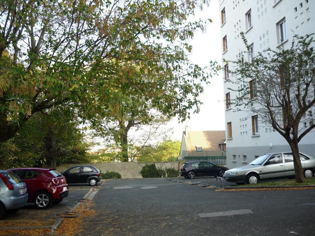 Appartement à louer 4 67.48m2 à Thiais vignette-11
