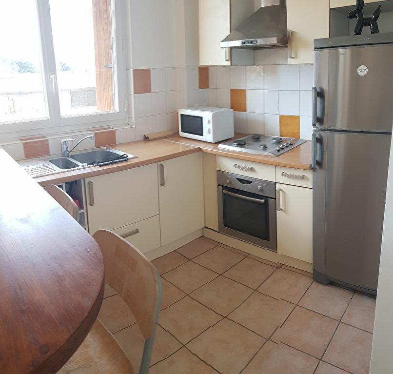 Appartement à louer 3 53.75m2 à Bourg-la-Reine vignette-3