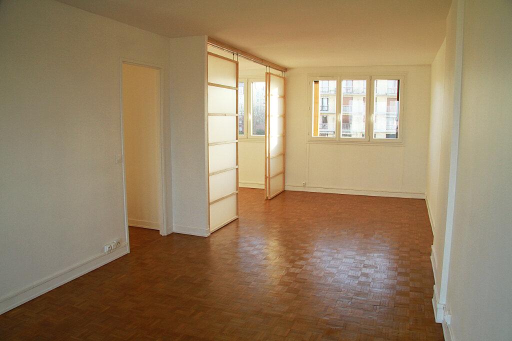 Appartement à louer 3 55.11m2 à L'Haÿ-les-Roses vignette-2