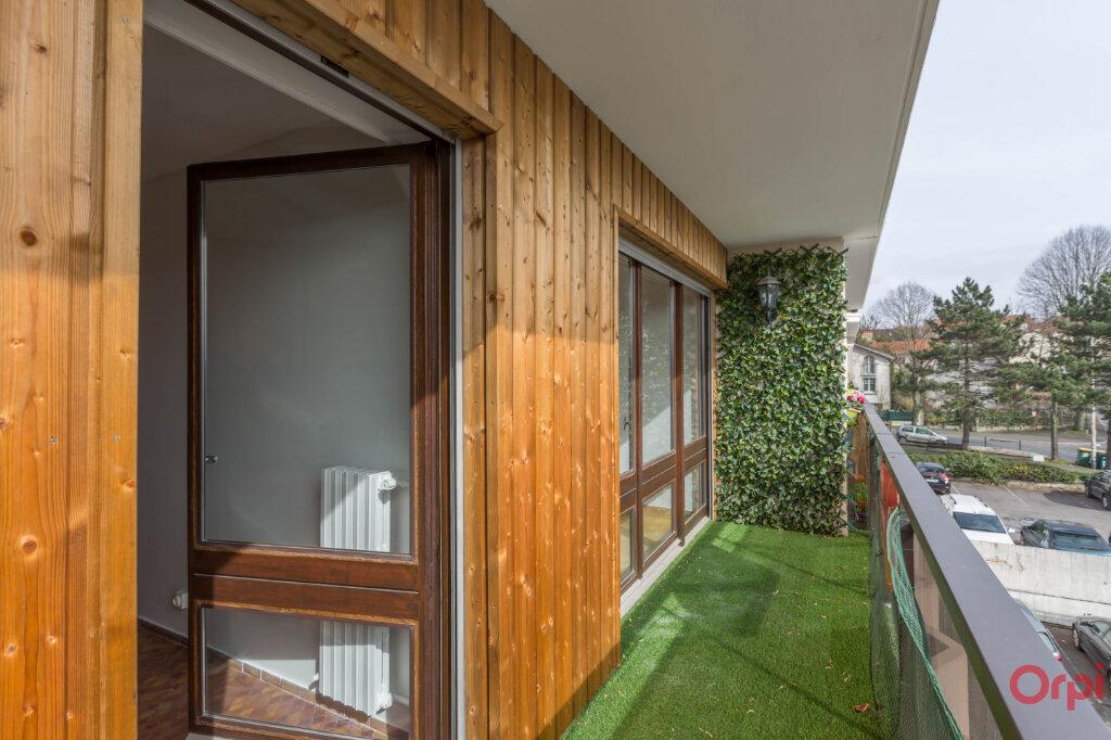 Appartement à louer 3 62.84m2 à Fontenay-aux-Roses vignette-4