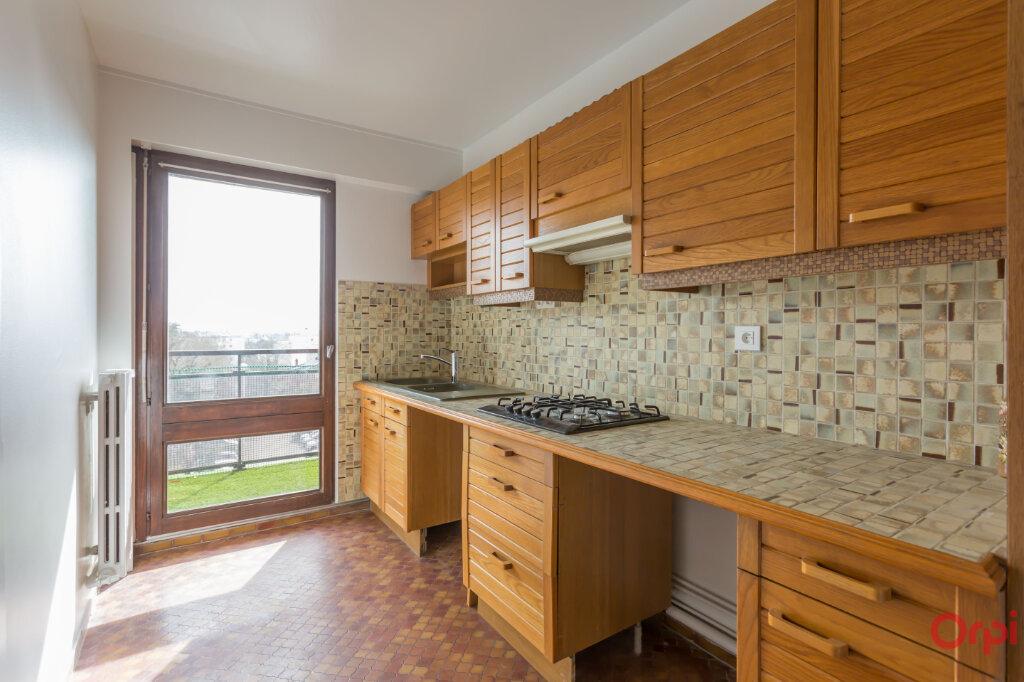 Appartement à louer 3 62.84m2 à Fontenay-aux-Roses vignette-5