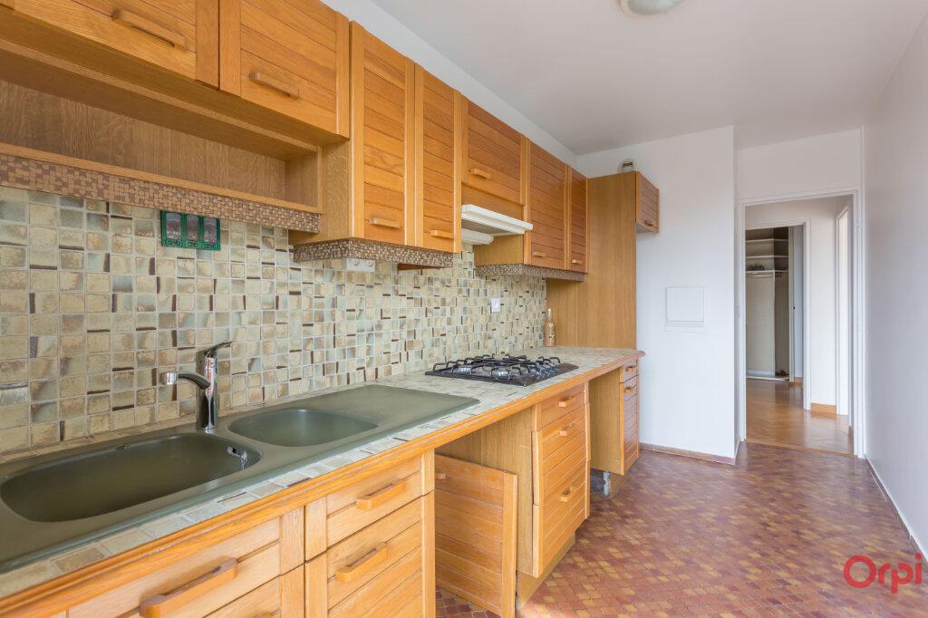 Appartement à louer 3 62.84m2 à Fontenay-aux-Roses vignette-6