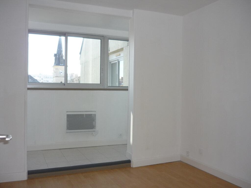 Appartement à louer 3 55.87m2 à L'Haÿ-les-Roses vignette-9