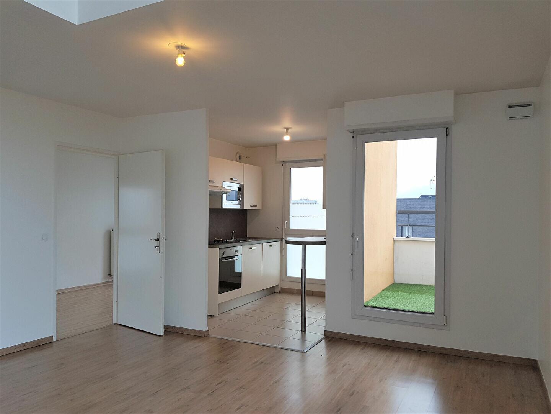 Appartement à louer 3 67.3m2 à Chevilly-Larue vignette-1