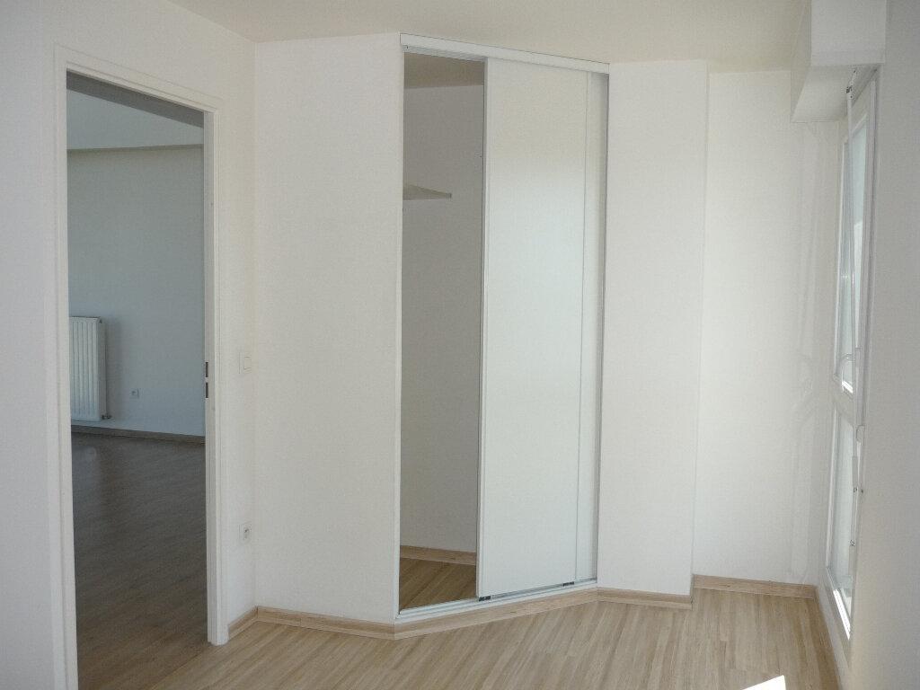 Appartement à louer 3 67.3m2 à Chevilly-Larue vignette-8