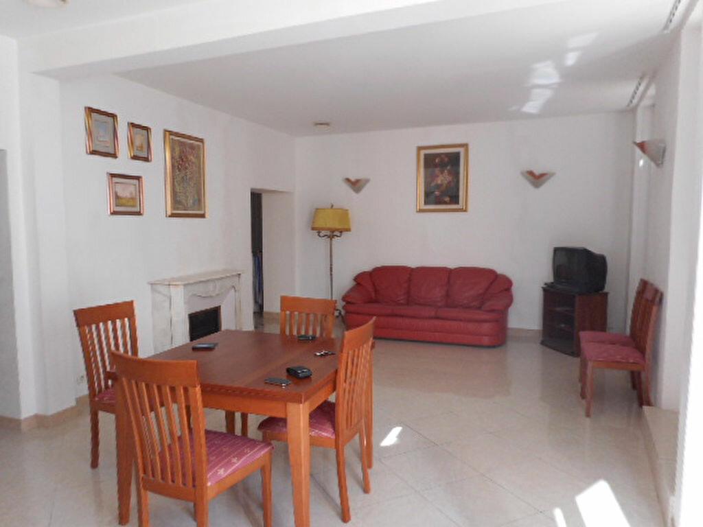 Appartement à vendre 3 77.08m2 à Nice vignette-3