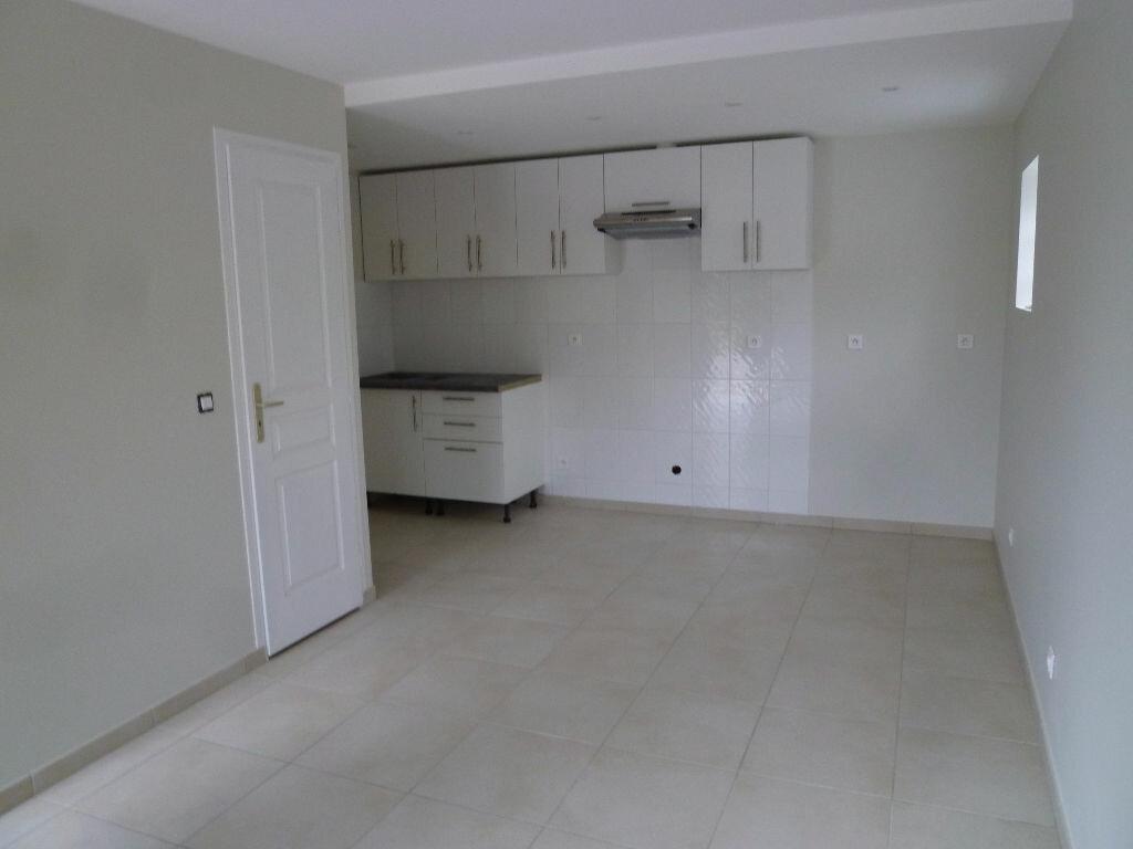 Appartement à louer 2 42m2 à Magny-en-Vexin vignette-1