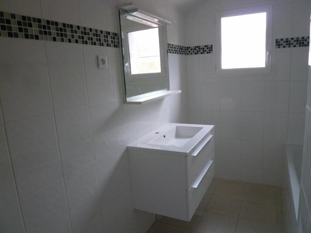 Appartement à louer 2 42m2 à Magny-en-Vexin vignette-3