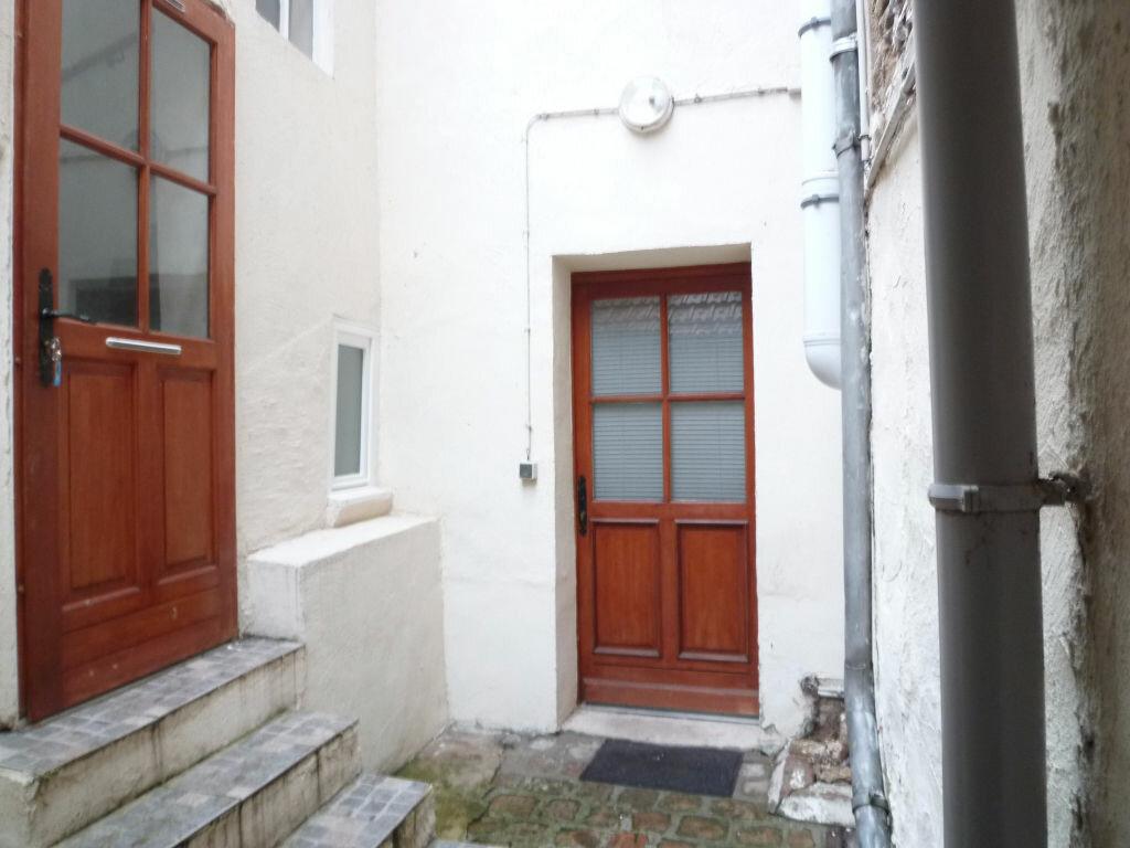 Appartement à louer 2 29m2 à Magny-en-Vexin vignette-7