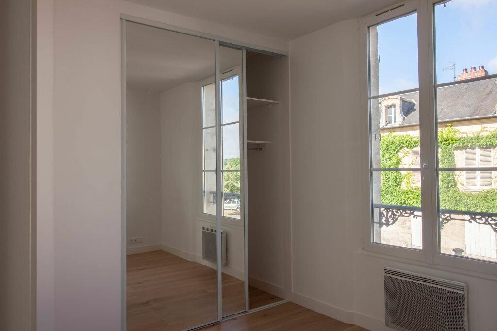Appartement à louer 3 40m2 à Magny-en-Vexin vignette-3
