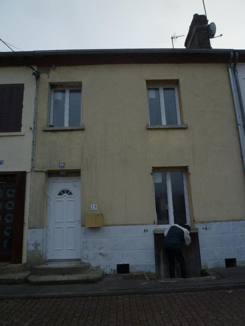 Maison à louer 3 75m2 à Sérifontaine vignette-1