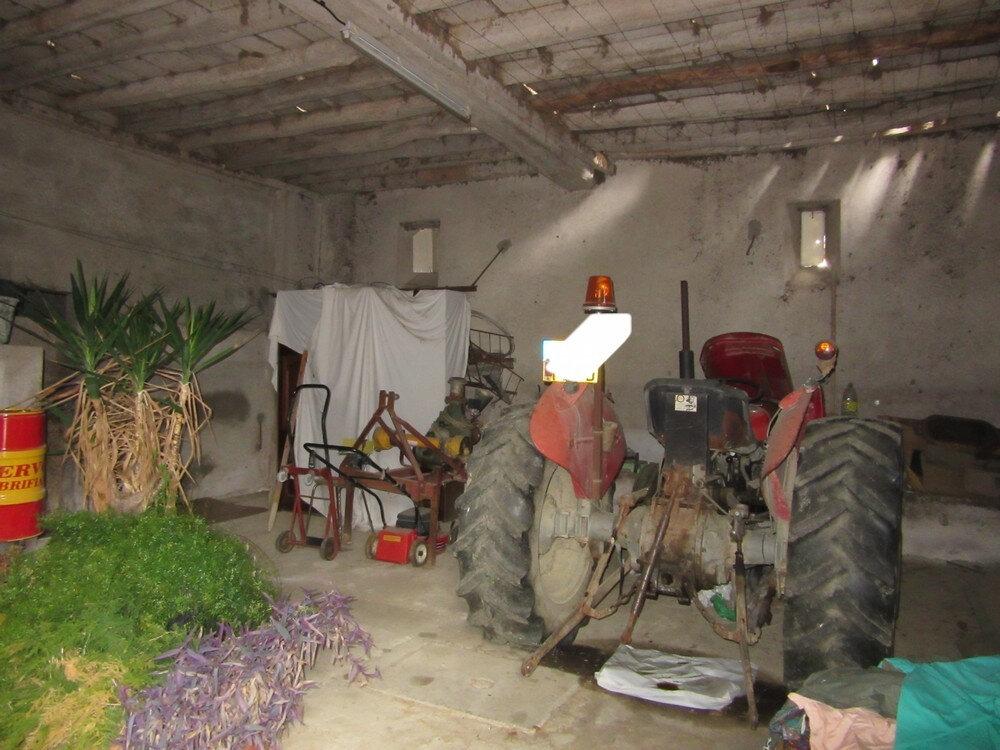 Maison à vendre 5 102m2 à Vic-en-Bigorre vignette-13