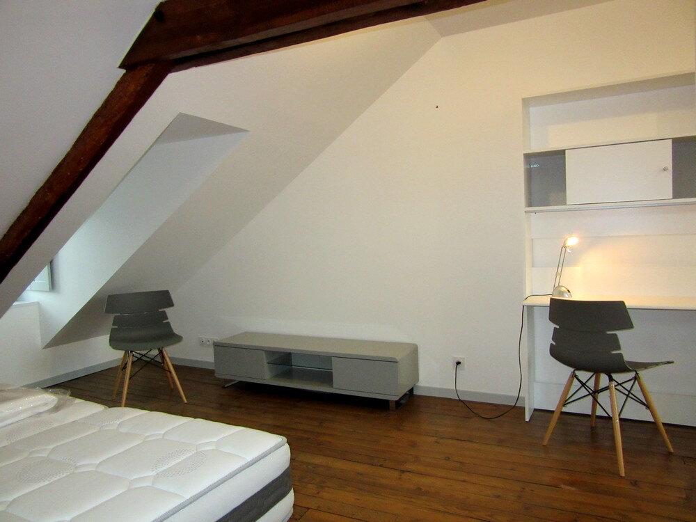 Appartement à louer 1 30m2 à Vic-en-Bigorre vignette-7