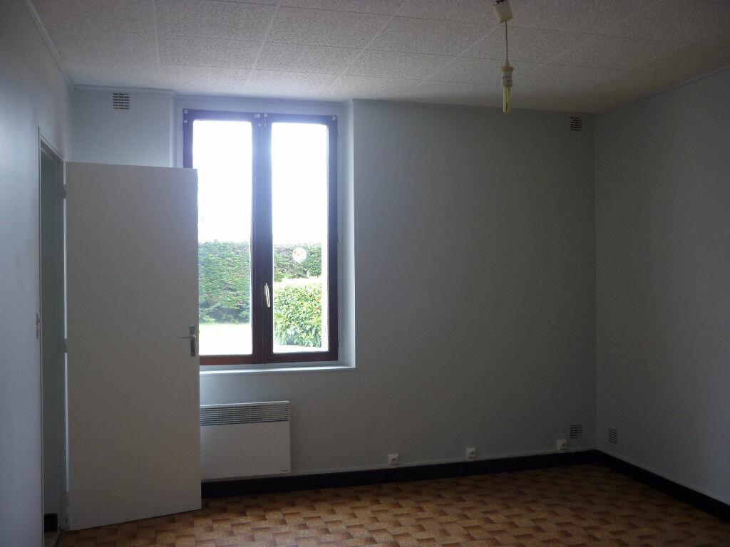 Maison à louer 4 80.33m2 à Saint-Nicolas-des-Motets vignette-4