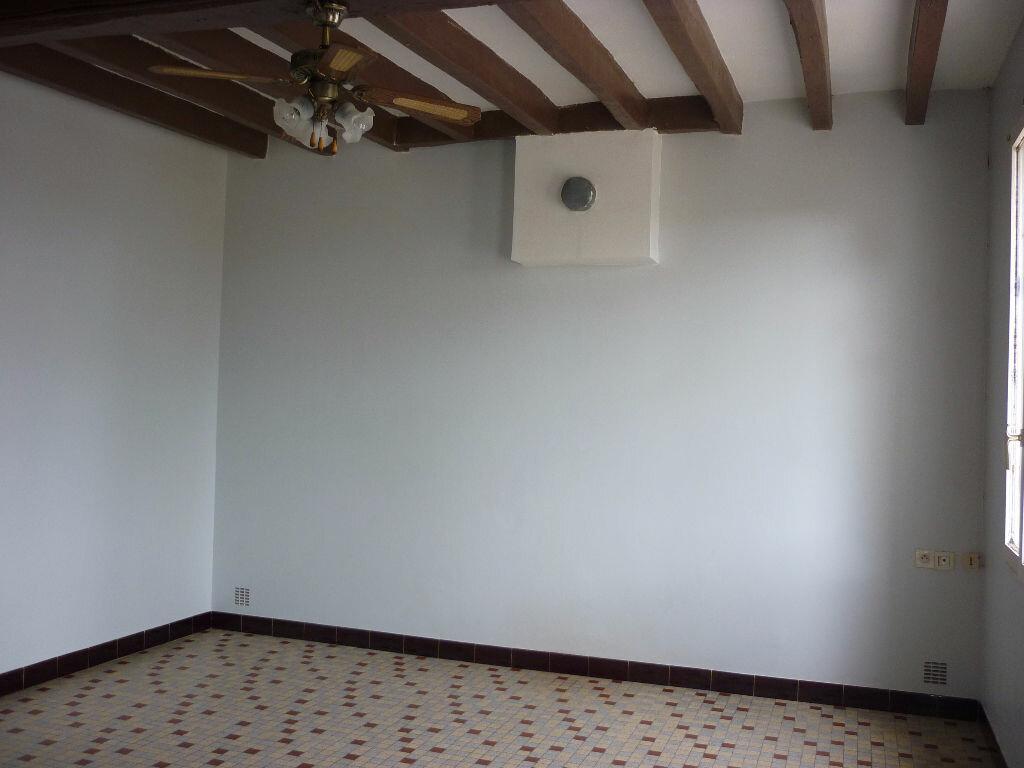 Maison à louer 4 80.33m2 à Saint-Nicolas-des-Motets vignette-5