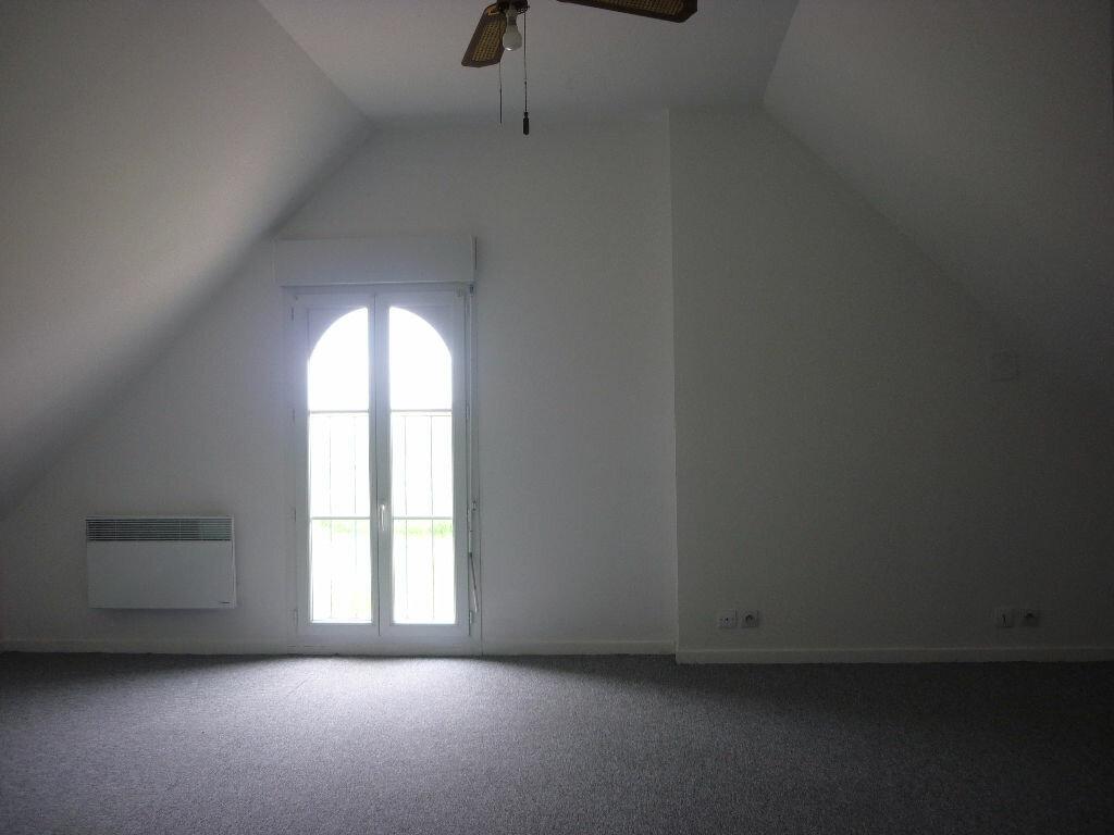 Maison à louer 4 80.33m2 à Saint-Nicolas-des-Motets vignette-6