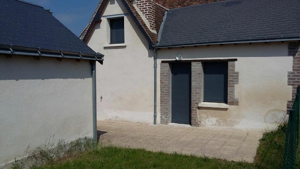 Maison à louer 3 71m2 à Château-Renault vignette-2