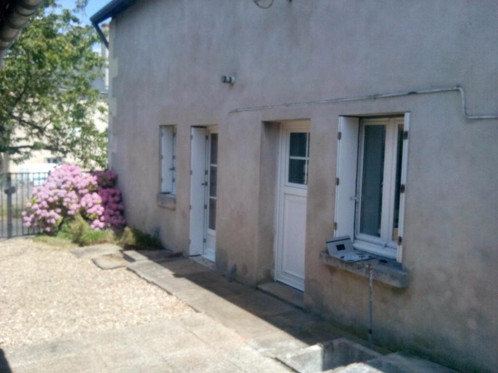 Maison à louer 3 69m2 à Authon vignette-1