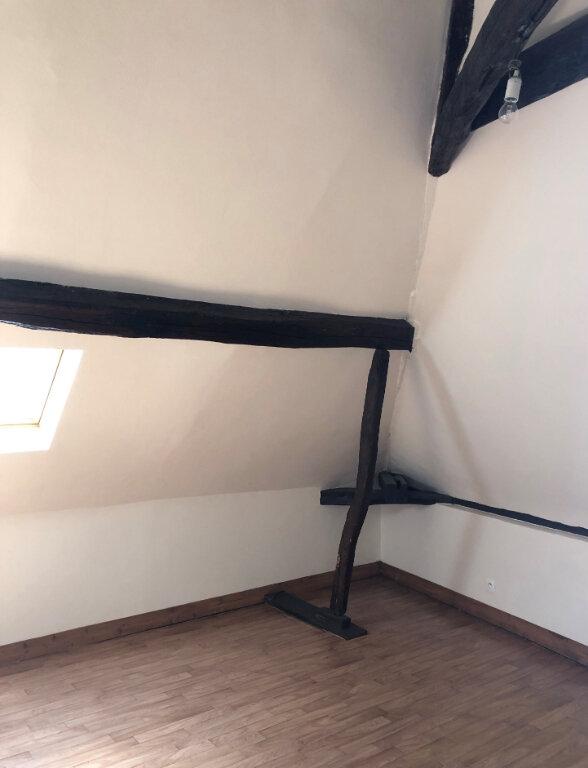 Maison à louer 3 82.38m2 à Château-Renault vignette-4