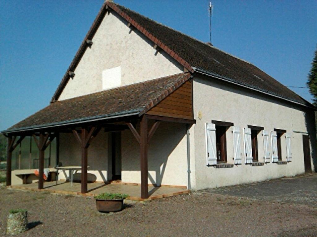 Maison à louer 3 62.64m2 à Saint-Amand-Longpré vignette-1