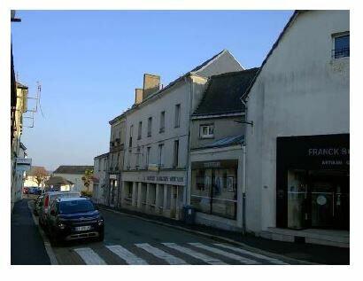 Appartement à louer 3 65.59m2 à Château-Renault vignette-1