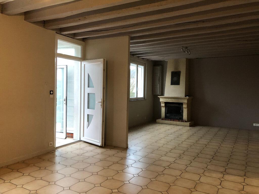 Maison à louer 4 104.44m2 à Château-Renault vignette-3