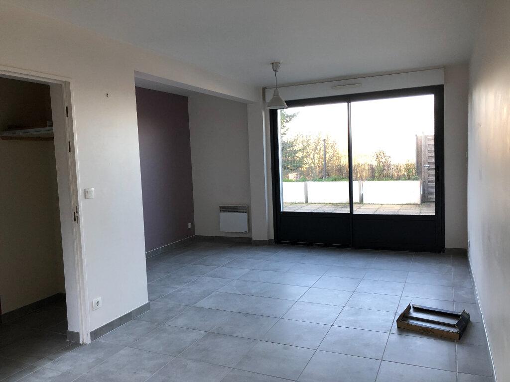 Maison à louer 4 80m2 à Amboise vignette-2