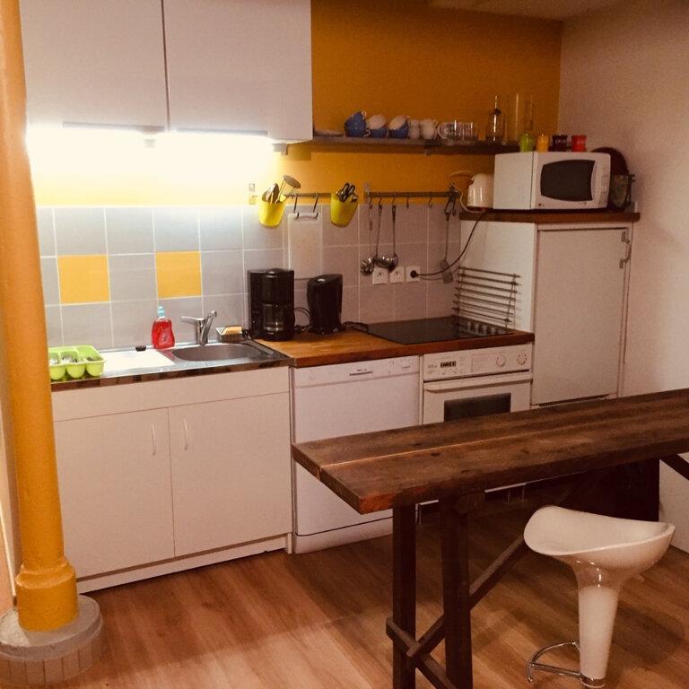 Appartement à louer 2 45m2 à Château-Renault vignette-2