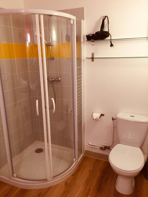 Appartement à louer 2 45m2 à Château-Renault vignette-5