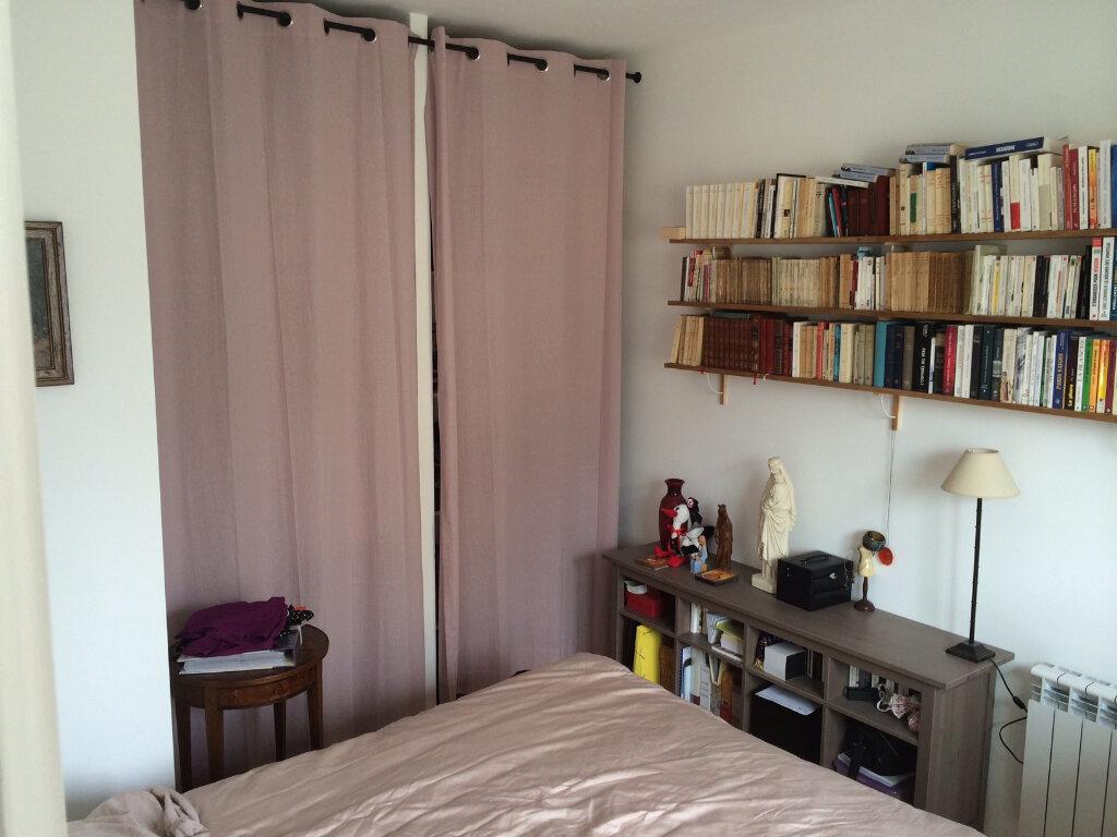 Appartement à louer 2 35m2 à Lorient vignette-4