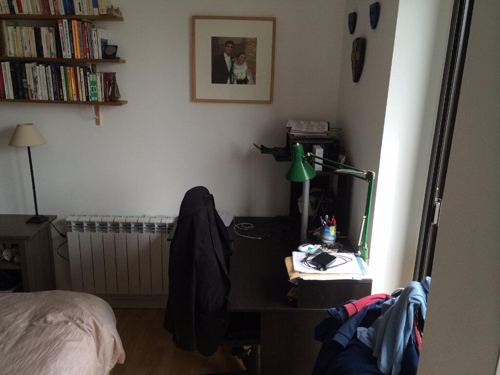 Appartement à louer 2 35m2 à Lorient vignette-5
