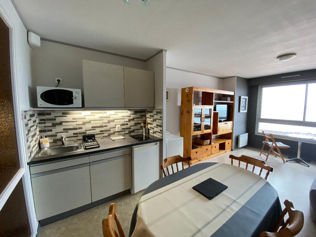 Appartement à louer 1 36m2 à Larmor-Plage vignette-1