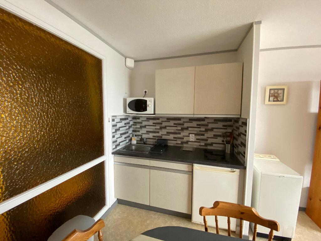 Appartement à louer 1 36m2 à Larmor-Plage vignette-7